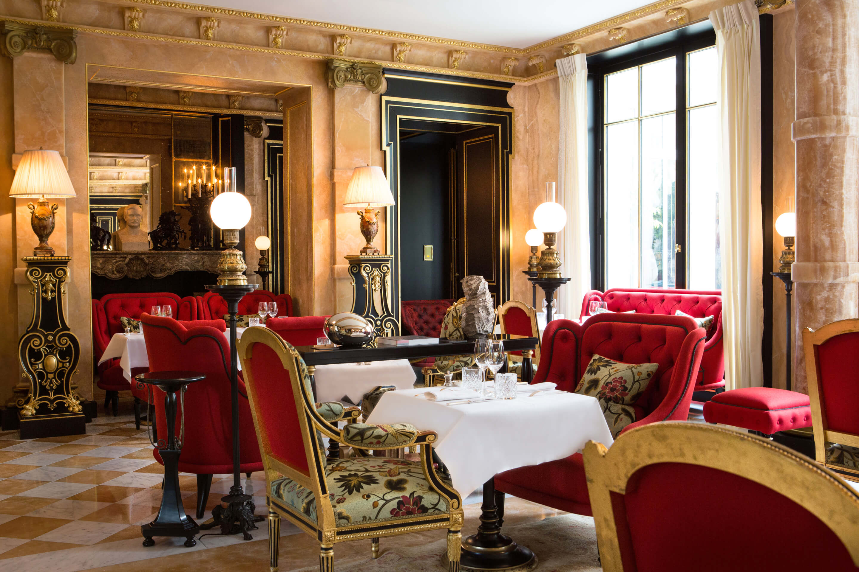 La-Reserve-Paris-Grand-Salon-Restaurant-1