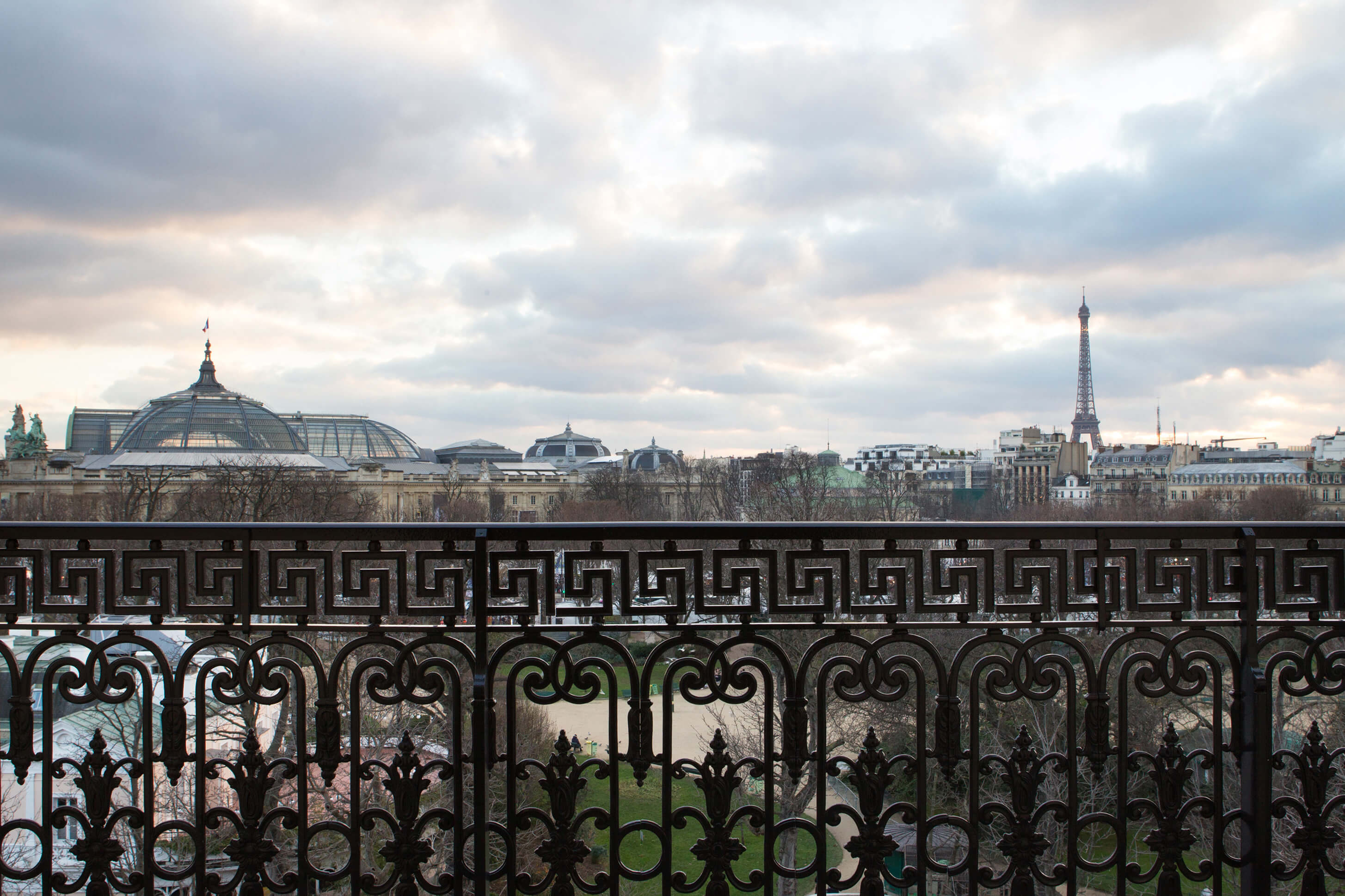 La-Reserve-Paris-Hotel-view