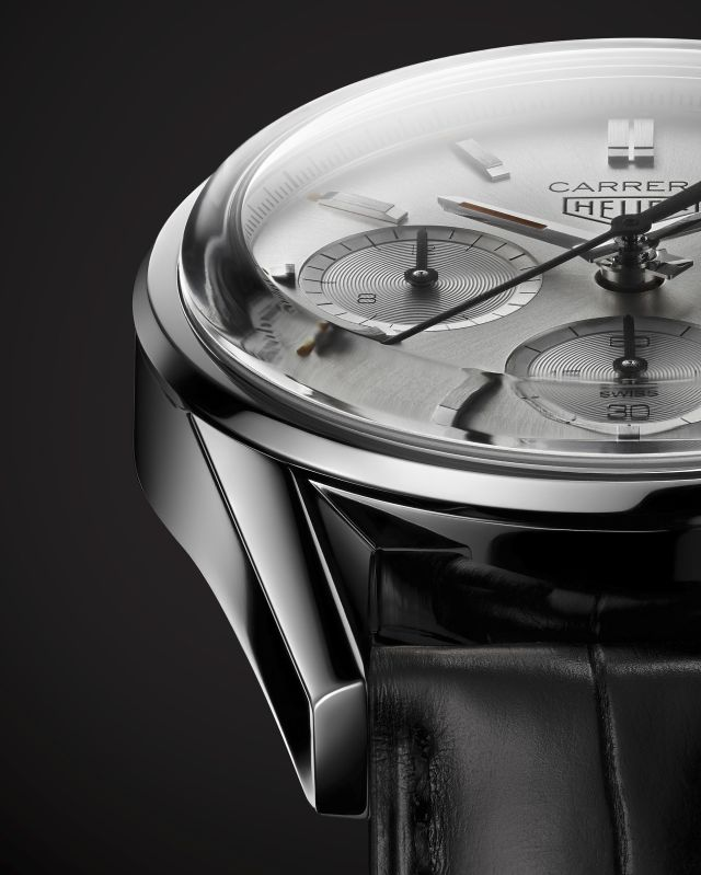 TAG-Heuer-Carrera-160-Years-Silver-Limited-Edition-03