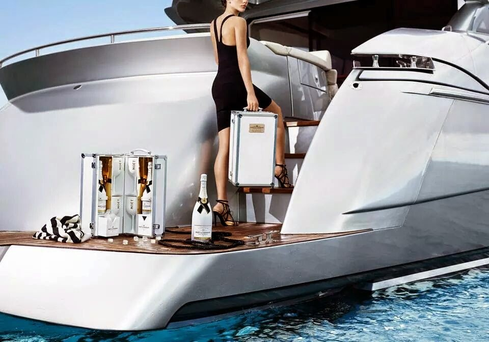 Moët-and-Chandon-Ice-Imperial-Visual