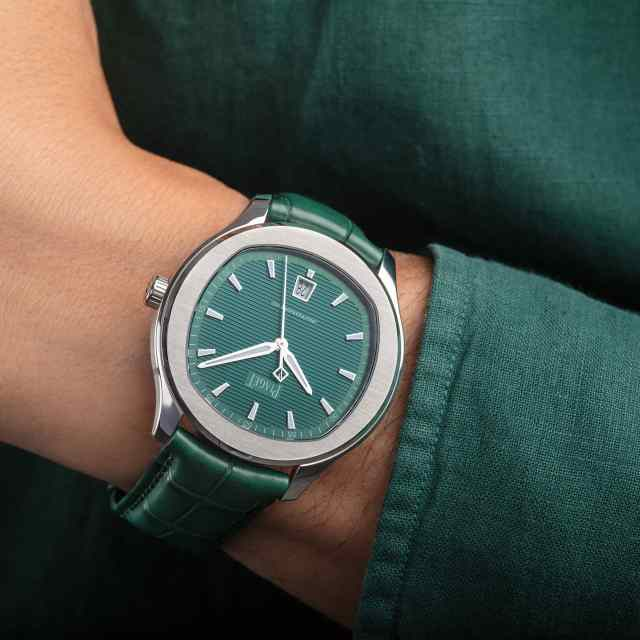 piaget-polo-green-malachite-limited-edition-release-03
