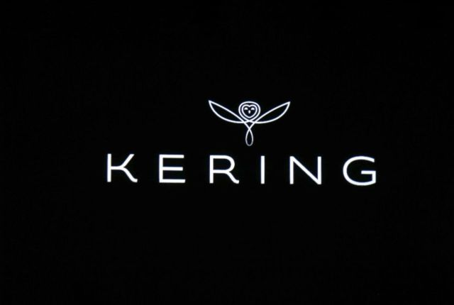 Kering-Badge
