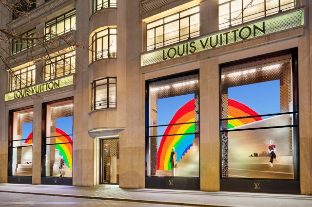 louis-vuitton-the-rainbow-project-window-drawing-designs-2