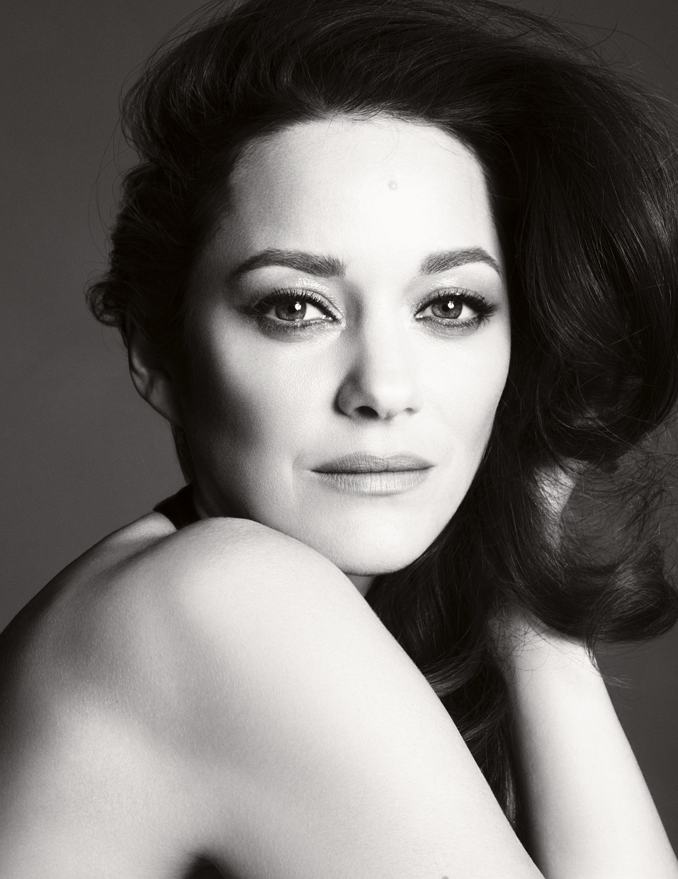 Marion-Cotillard-Is-the-New-Face-for-Chanel-No.5