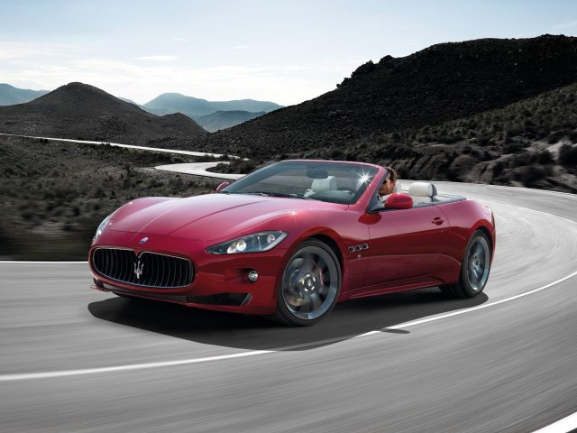 Maserati-GranCabrio-Sport-03