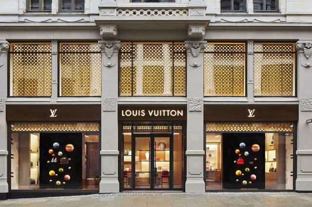 2019_06_lvmh-un-standard-of-conduct-lgbtq-human-rights-louis-vuitton-marc-jacobs-sephora-1