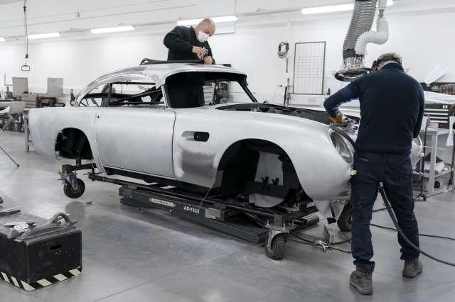 Aston-Martin-DB5-Goldfinger-Continuation_01-min