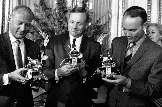 Cartier-Apollo-11-Models-Astronautes